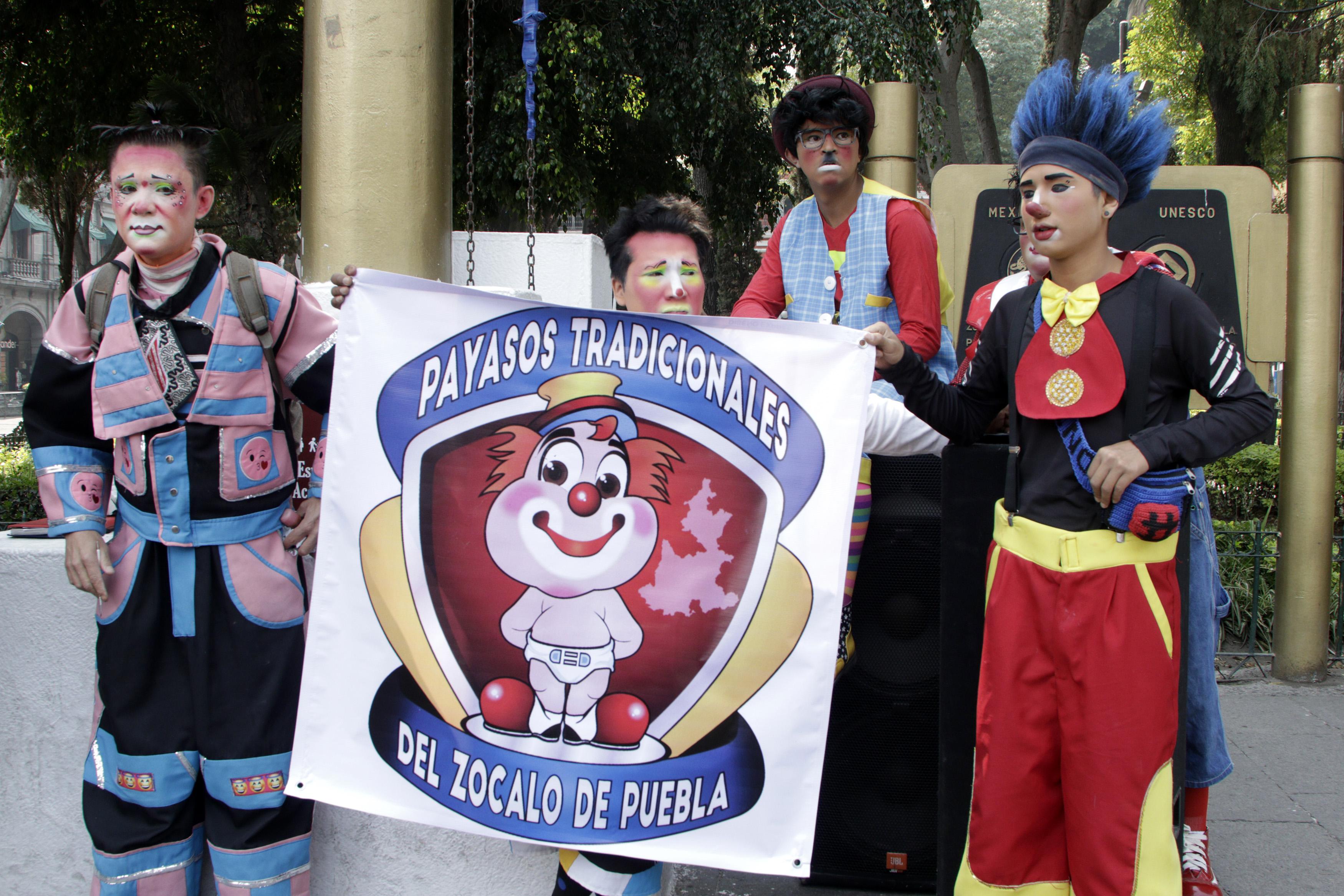 Payasos anuncian plantón para exigir espacios en el zócalo