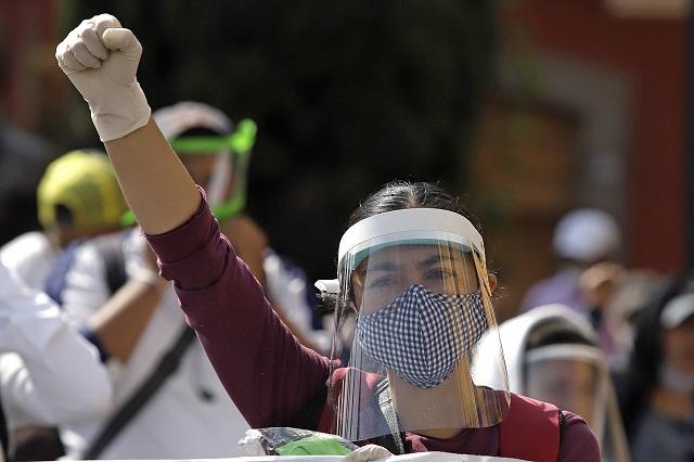 Aprueban 6 años de cárcel por discriminar a médicos en Puebla