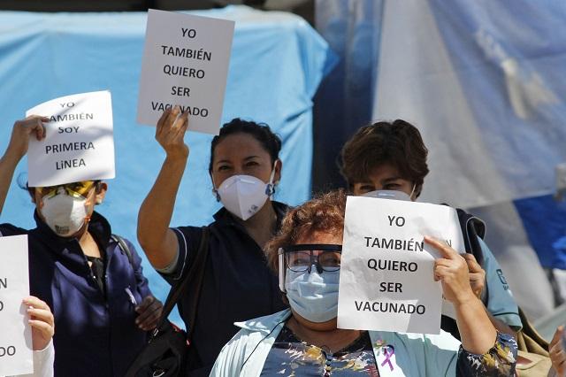 Médicos de clínicas privadas ganan amparo y vacuna anti Covid