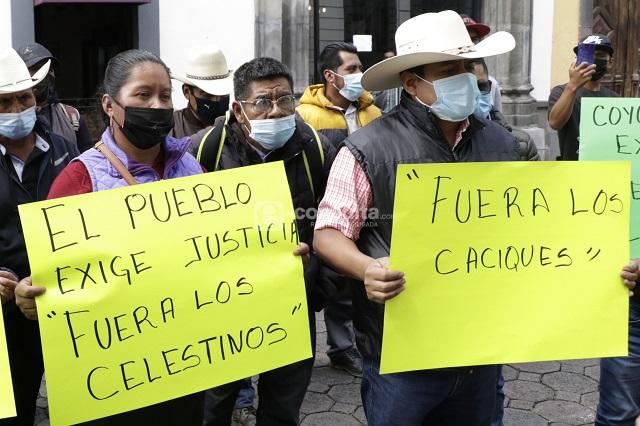 Caciques dominan en Puebla con anuencia de Barbosa y Morena