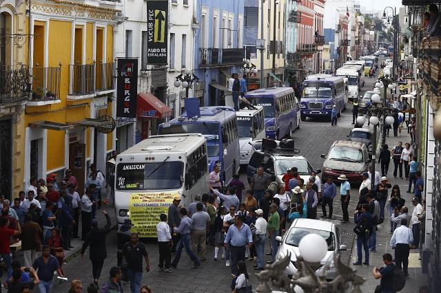 No aumentará transporte ni a 10 ni a 15 pesos, sostiene gobierno