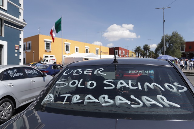 Hacen negocio con la inseguridad de los Uber en Puebla