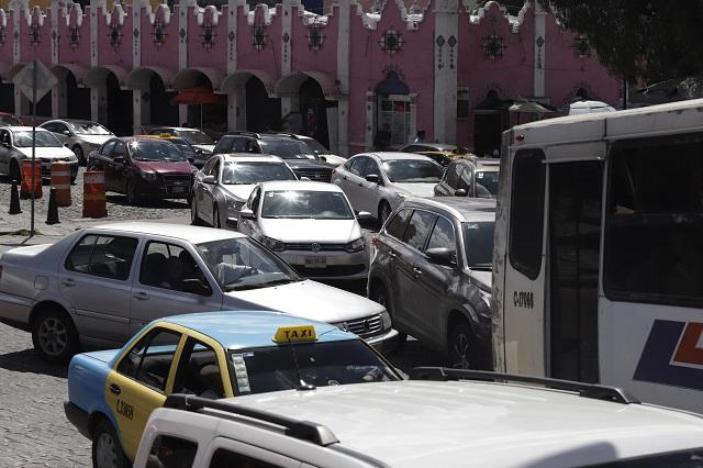 Fijan 30 km/h para autos en el Centro Histórico de Puebla