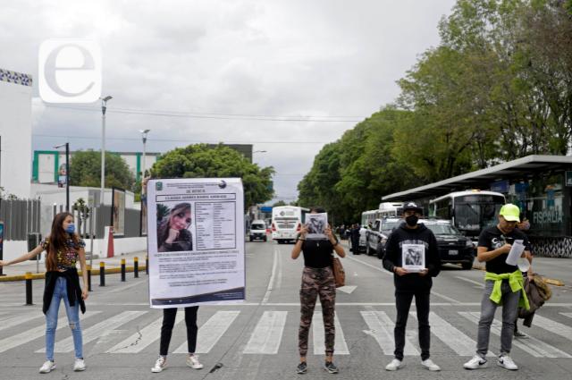Cierran el 5 de Mayo por la desaparición de Claudia Andrea