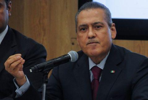 Fiscalía de Chihuahua afirma que no investiga a Manlio Fabio Beltrones