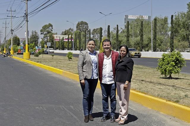 Alcaldes de Zona Metropolitana entregan obras en la Recta