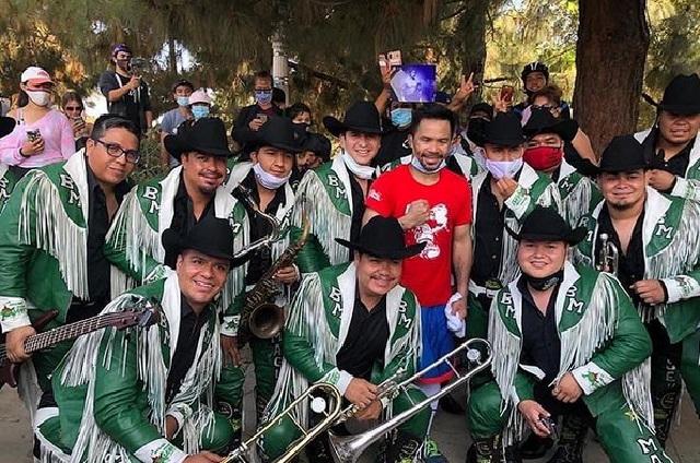 Manny Pacquiao se prepara con música de la Banda Maguey