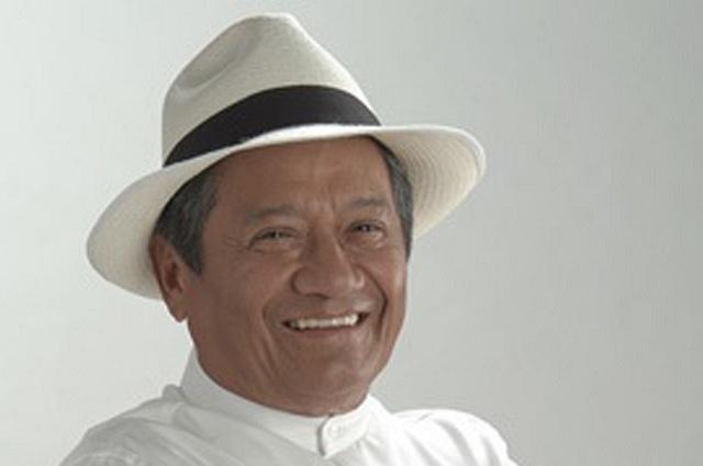 Armando Manzanero murió de un paro cardíaco