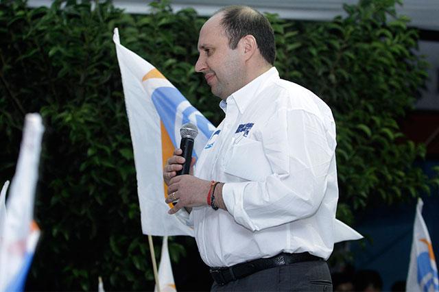 Manzanilla y otros ocho impugnan candados a independientes