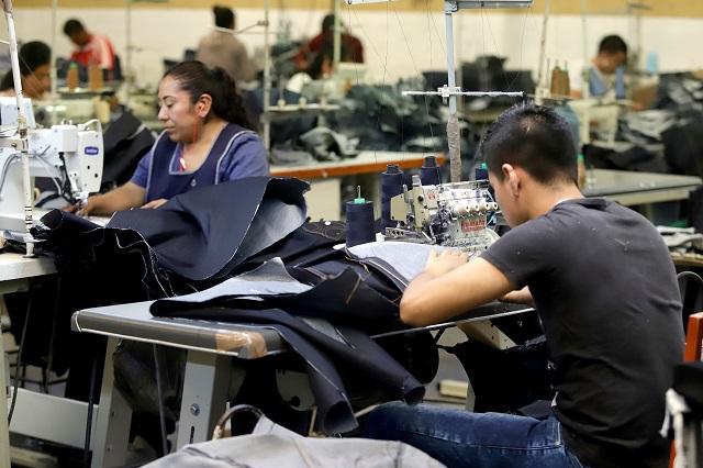 Ni Covid-19 frena la piratería asiática textil en Puebla: Citex