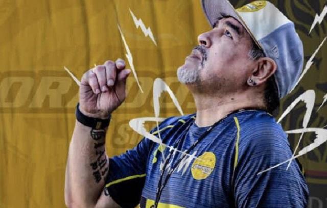 No vuelvas a Selección de Argentina, le dice Maradona a Messi
