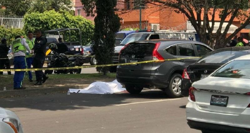 Sujeto armado ejecuta a un automovilista en Coyoacán