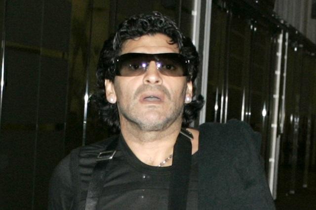 Maradona se lanza contra México y no se sabe el nombre del técnico del Tri