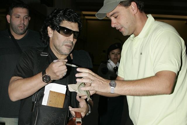 FIFA sancionaría a Maradona por su conducta en el Argentina vs Nigeria