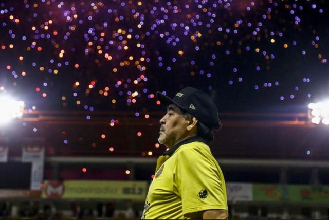 Maradona hizo su show luego de la derrota de Dorados en San Luis