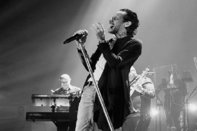 Por fallas técnicas, Marc Anthony ofrece concierto gratis
