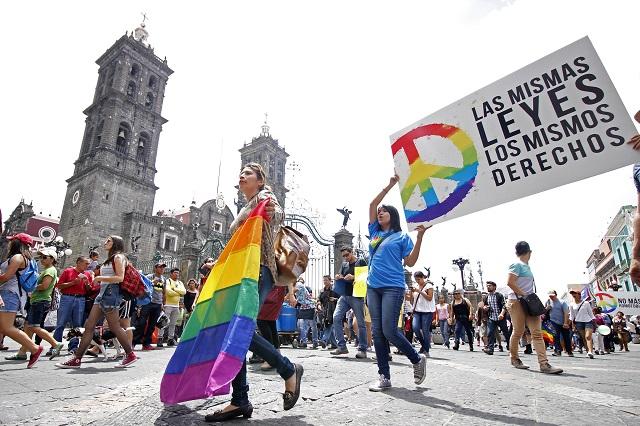 Reprocha CNDH a Puebla retraso en matrimonios igualitarios