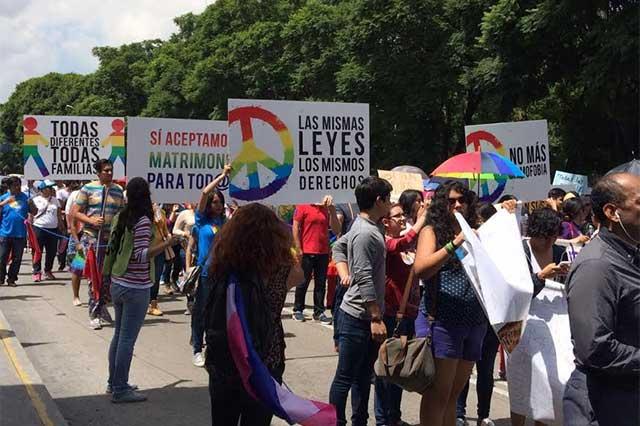 Exigen respeto y matrimonio igualitario en Marcha del Orgullo Gay