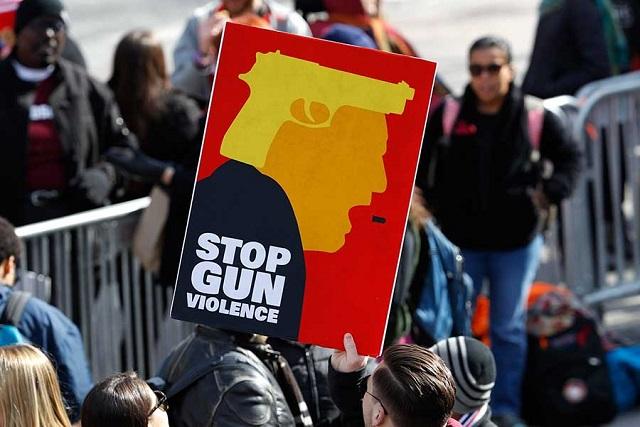 Marchan miles en Estados Unidos para exigir mayor control de armas