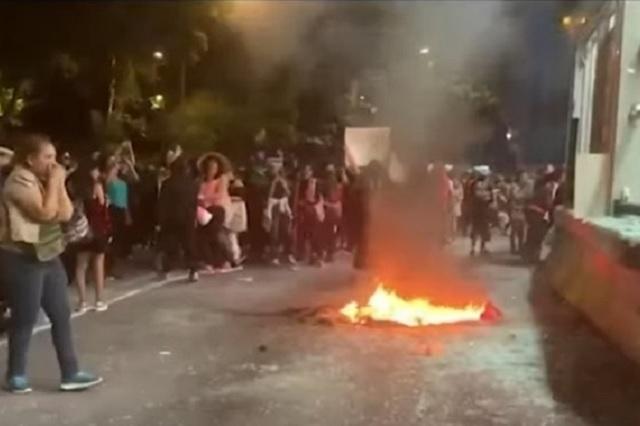Tras manifestación de mujeres, AMLO respalda acciones de Sheinbaum