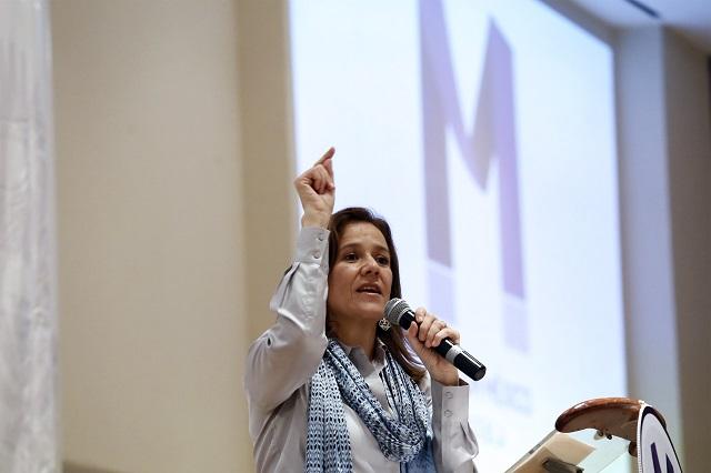 Arropan empresarios poblanos a Margarita Zavala en Cholula