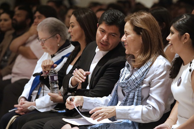 Margarita Zavala denuncia presiones contra panistas poblanos que la apoyan