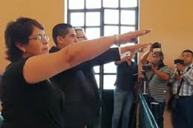 Renuncia Tesorera Municipal de Tehuacán