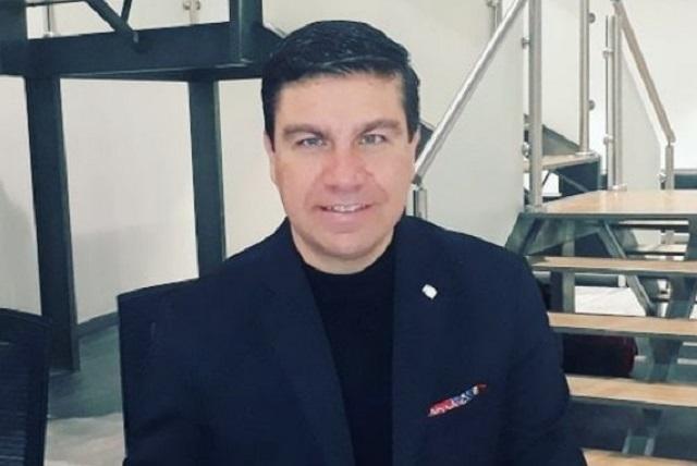 Asaltan a mano armada al reportero Mariano Riva Palacios