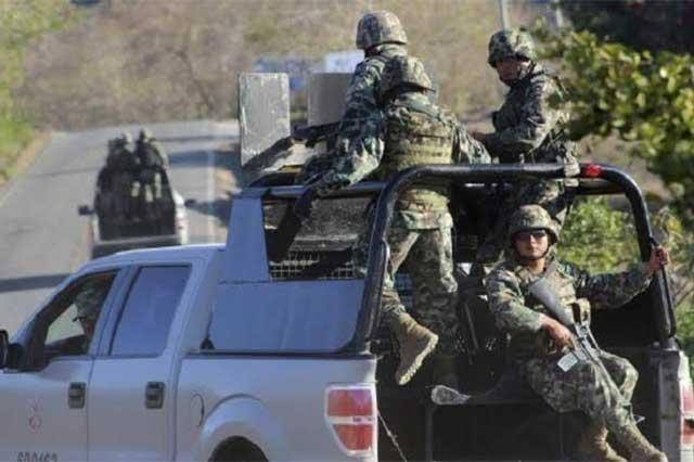 Durante un enfrentamiento, marinos matan a 2 en la tierra de El Chapo