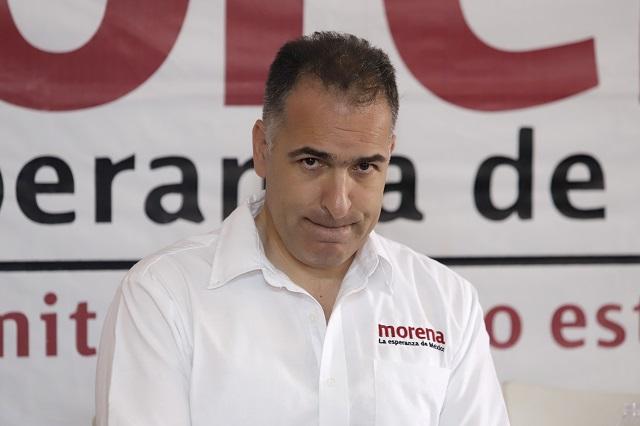 Firme, la salida de Bracamonte de dirigencia de Morena en Puebla