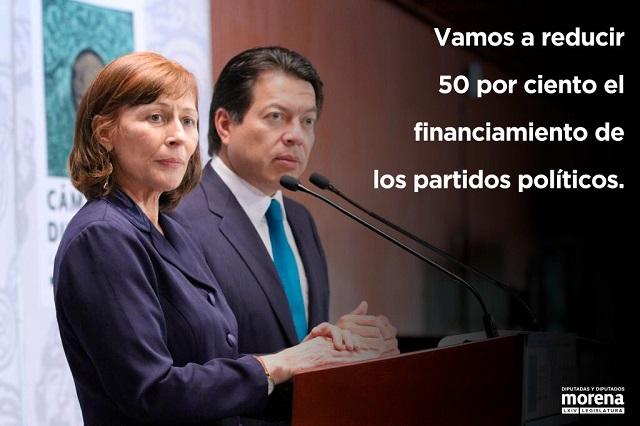 Morena propone reducir 50% del financiamiento a partidos políticos
