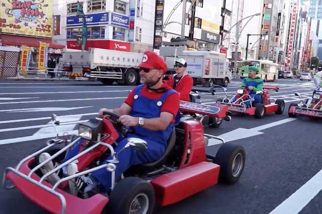Obligan a fans de Mario Kart en Japón a usar cinturón de seguridad