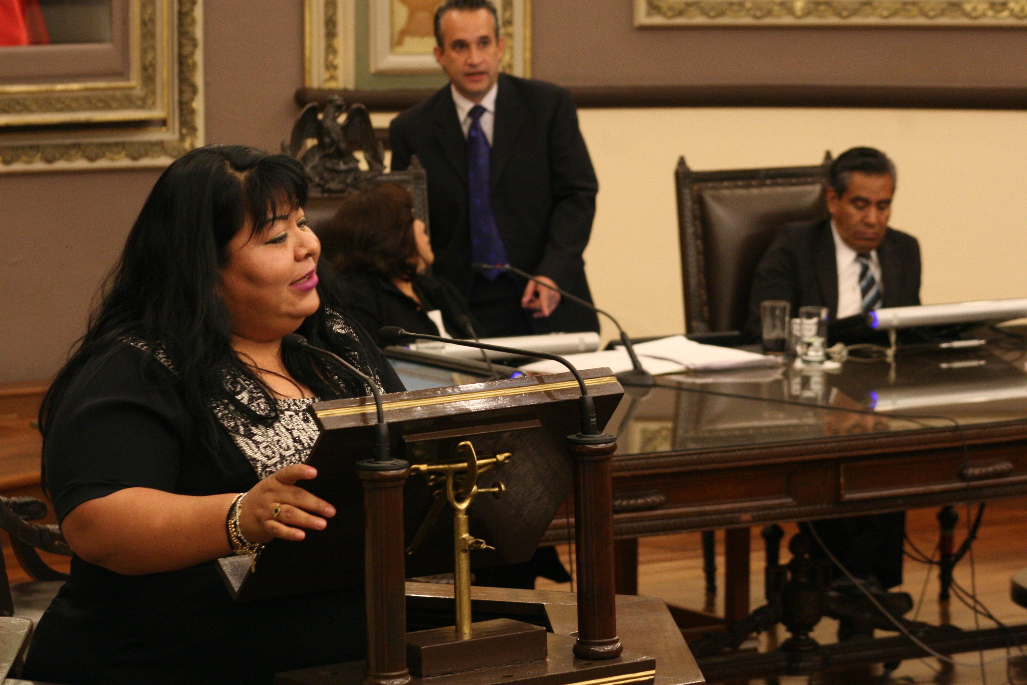 Afecta a 600 mil poblanos freno a plan Obama: Maritza Marín