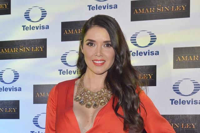 Marlene Favela reaparece sin una gota de maquillaje