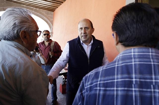 Manzanilla descarta pleito con Barbosa y se desliga de reportaje