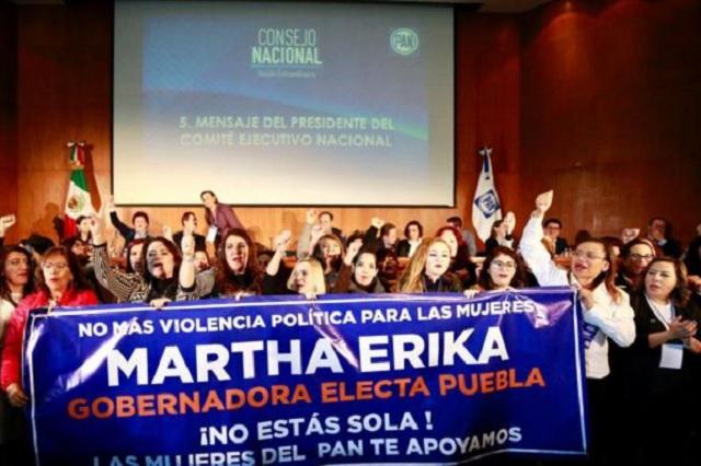 Consejo nacional del PAN respalda a Martha Erika Alonso