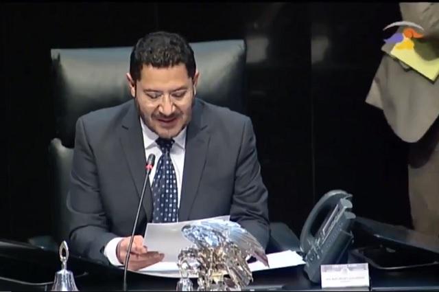 Desmiente Batres regaño de AMLO por votación que atoró la reforma educativa
