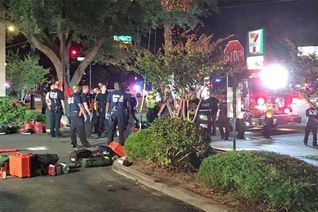 Murieron 20 latinos en la masacre en antro gay de Orlando