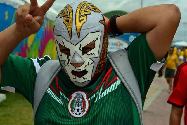 FIFA prohíbe usar máscaras de luchadores en Rusia