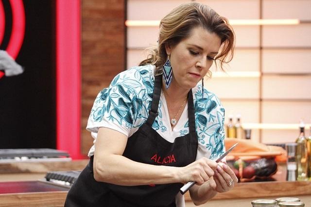Huevos de Laura Zapata inspiran memes y Alicia Machado sale de MasterChef