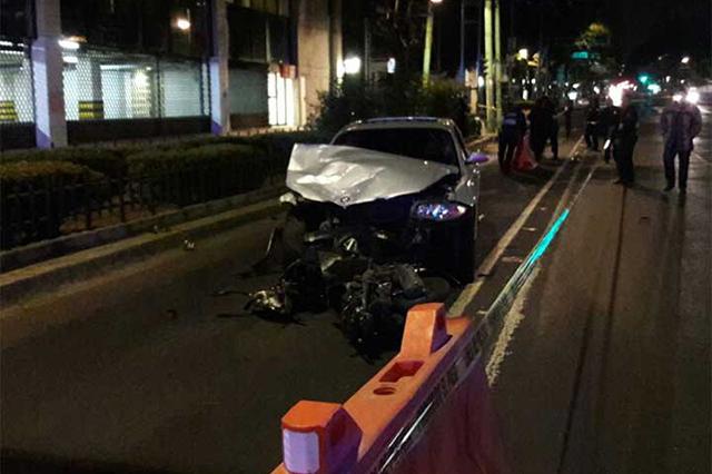 Conductor de un BMW atropella y mata a un motociclista