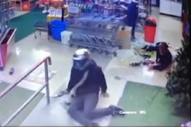 Ladrón regresa a rematar a su víctima y es abatido a balazos
