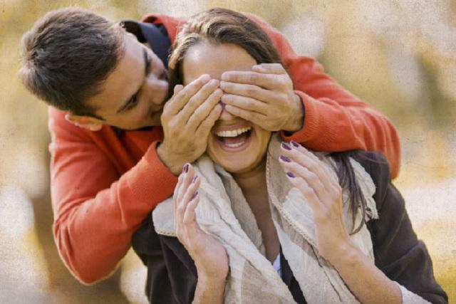 Propuestas de matrimonio en lugares y formas inimaginables ¿los batean?