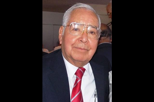 Homenaje póstumo de la AMPEP al periodista Mauro González Rivera