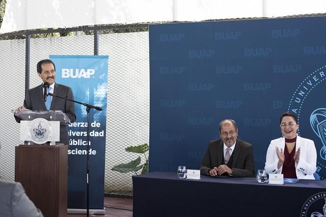Bachillerato Internacional BUAP, referente en calidad educativa: rector