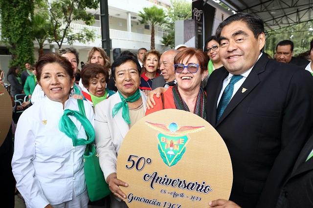 Acude el gobernador a la ceremonia del 140 Aniversario del BINE