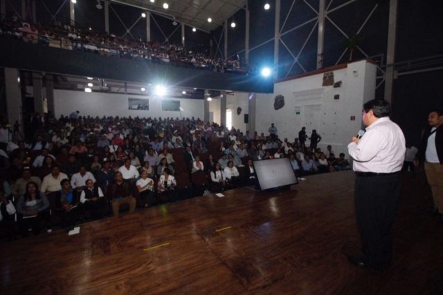 Llama Barbosa a ediles electos a ejercer gobiernos innovadores