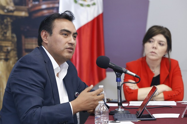 Habilitan plataformas para informarse del Covid-19 en Puebla