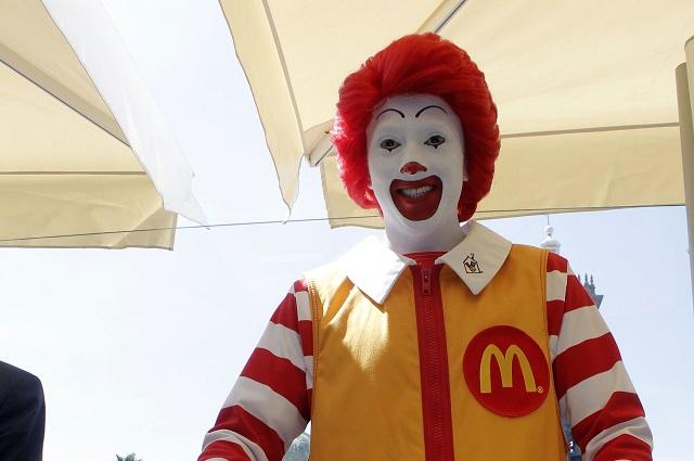Caen por coronavirus ganancias de McDonald's en segundo trimestre de 2020