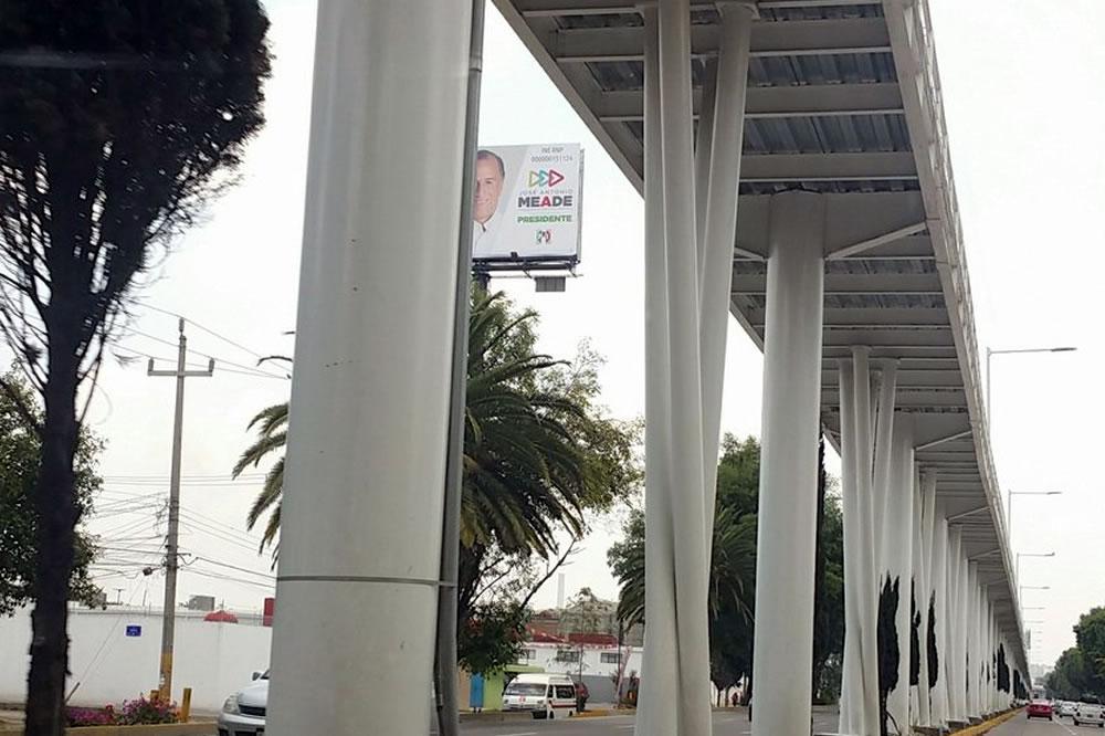 Acaparan Meade y Barbosa espectaculares en Puebla